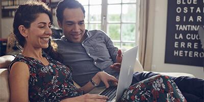 Visuel famille en plein télétravail - Bouygues Telecom