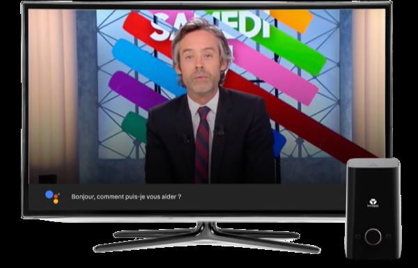 Image d'une télévision connectéeavec la Bbox utilisant l'Assistant Google - Bouygues Telecom