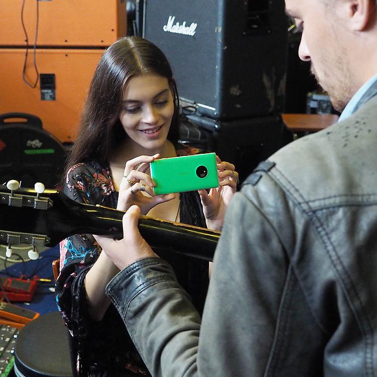 Nokia-Lumia-830-partage