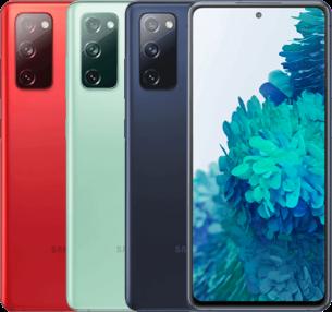 Trois smartphones face couleurs