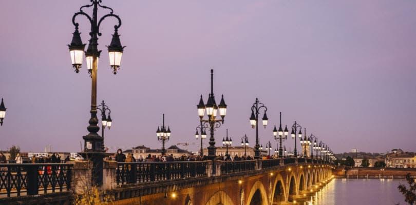 ville pont soir illumine bordeaux